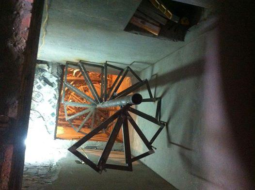 Cầu thang sắt xoắn ốc PT7