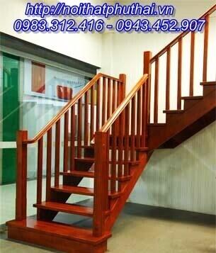 Cầu thang gỗ PT16