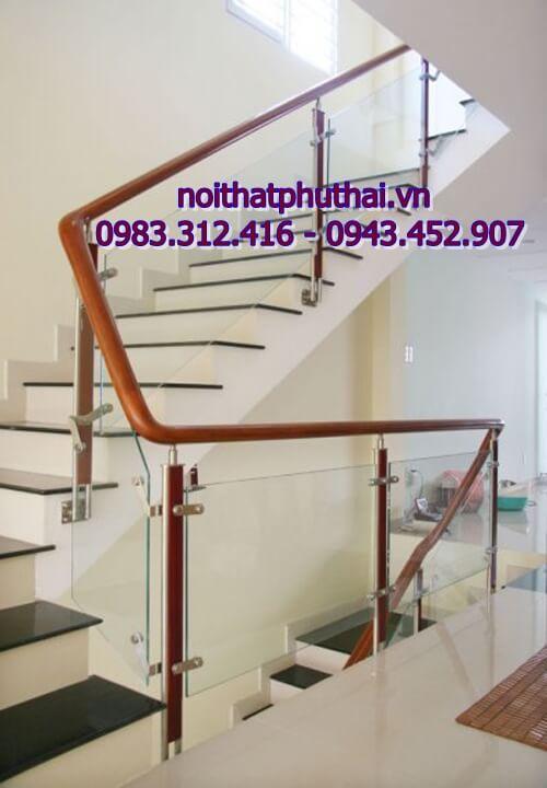 Cầu thang kính cường lực PT2