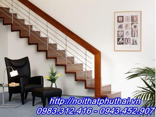 Cầu thang sắt PT12