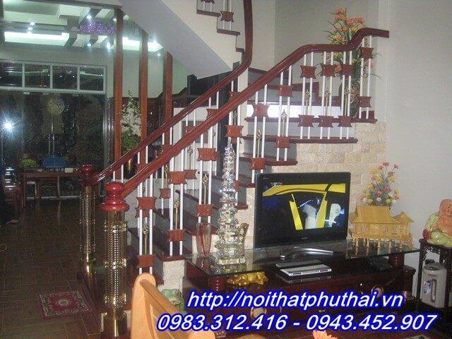 Cầu thang sắt PT17