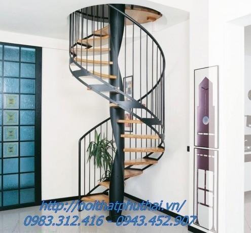 Cầu thang xoắn ốc PT4