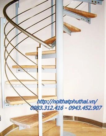 Cầu thang xoắn ốc PT6