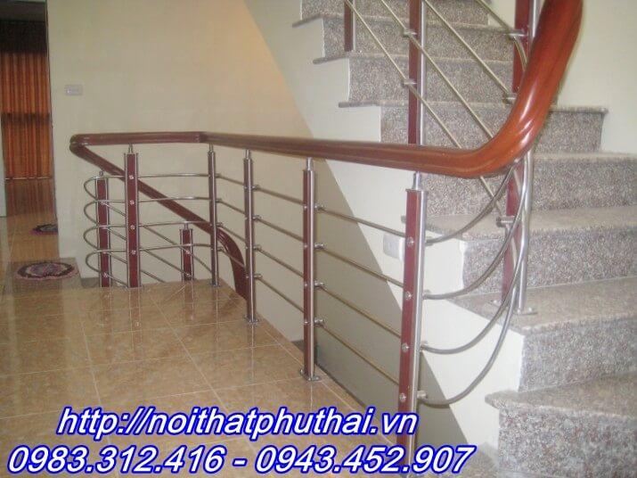 Cầu thang inox PT6