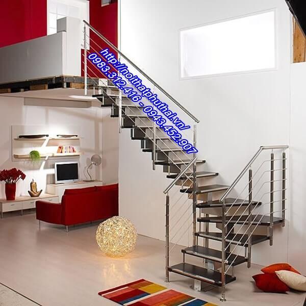 Cầu thang inox PT9