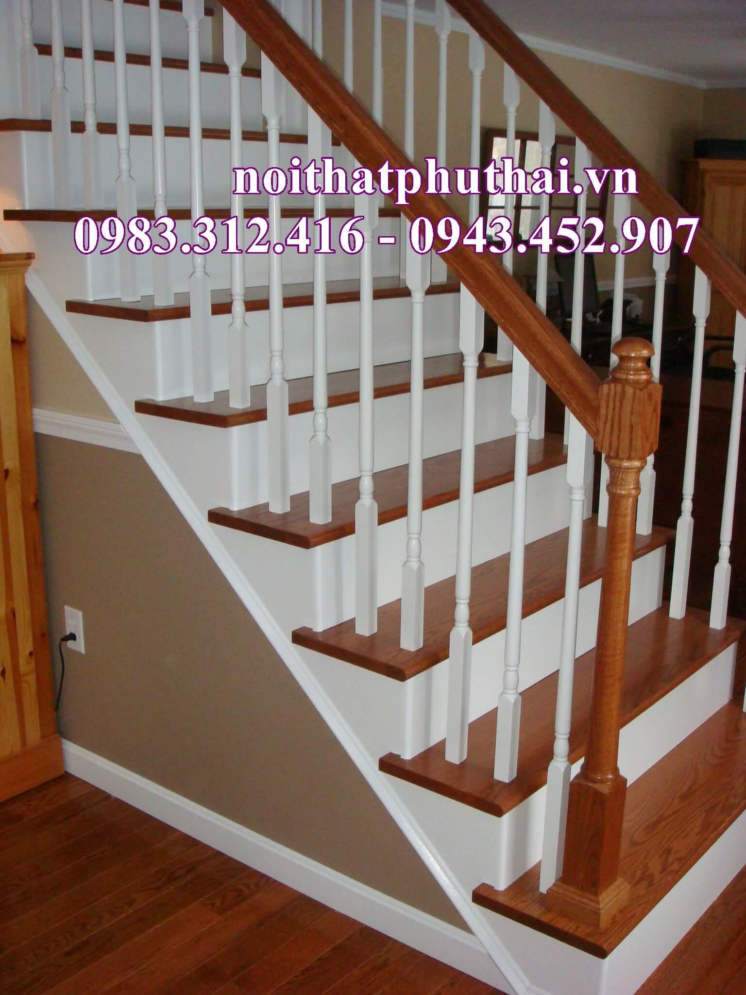 Cầu thang gỗ PT3