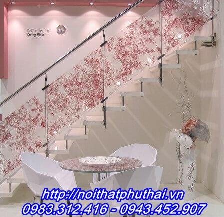 Cầu thang kính nghệ thuật PT6