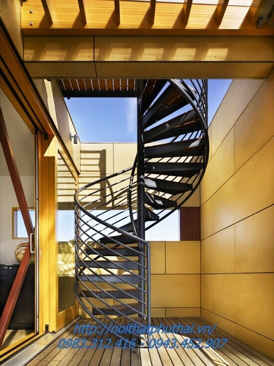 Cầu thang xoắn ốc PT9