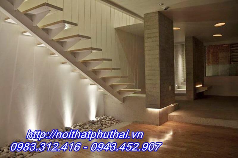 Cầu thang sắt xương cá PT1