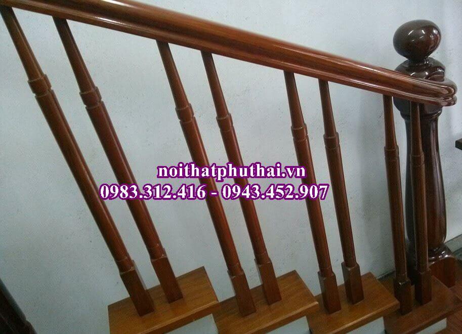 Cầu thang gỗ PT4