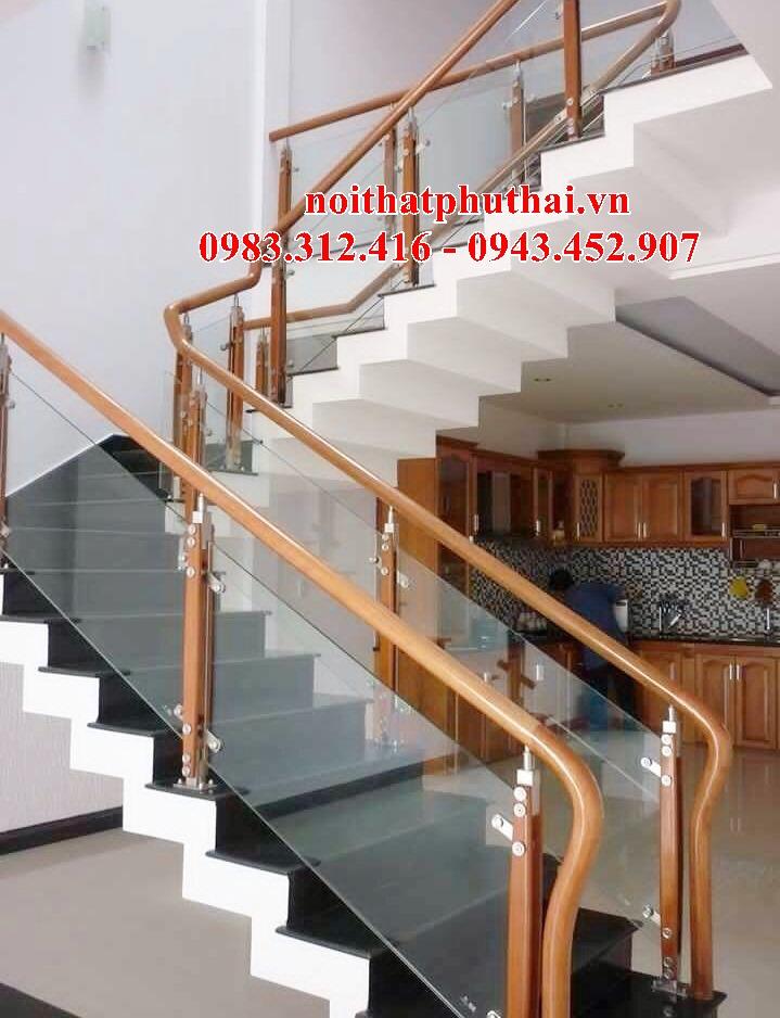 Cầu thang kính PT24