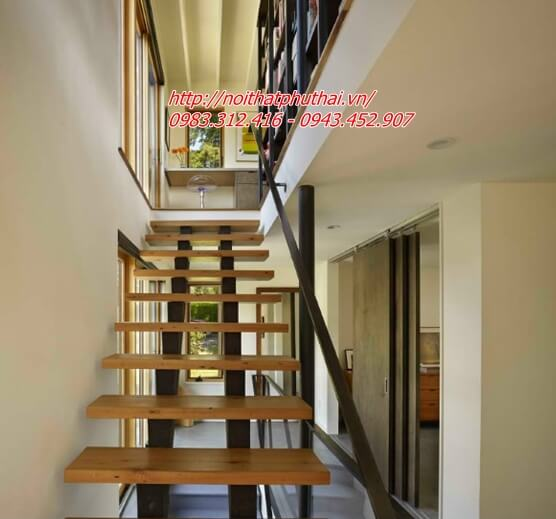 Cầu thang sắt xương cá PT13