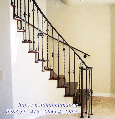 Cầu thang sắt nghệ thuật đẹp PT02