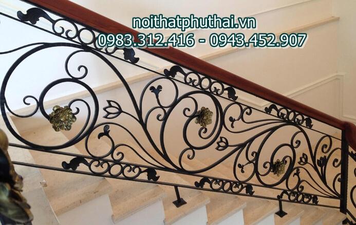 Cầu thang sắt nghệ thuật đẹp PT8