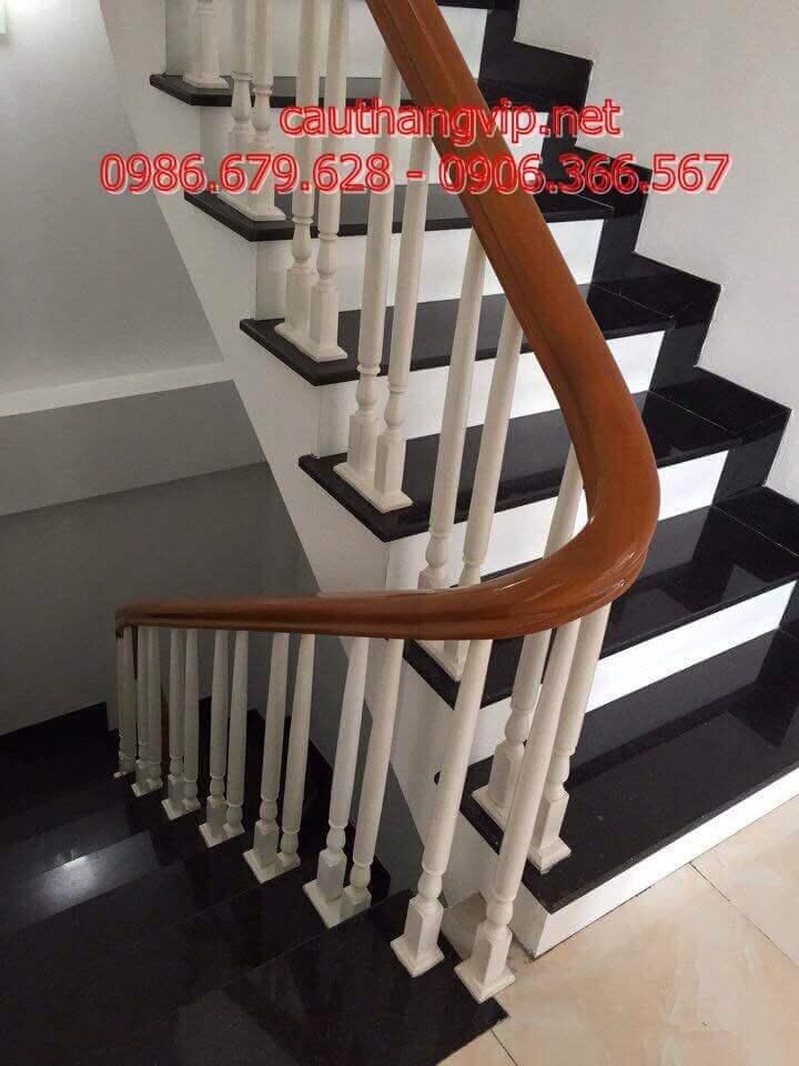 Cầu thang gỗ PT19