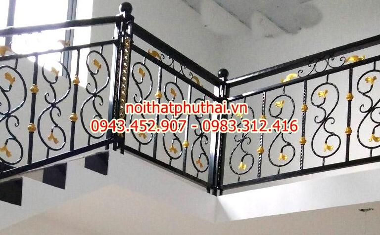 Cầu thang sắt mỹ thuật PT18
