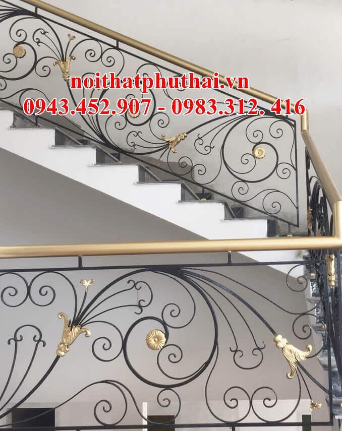 Lan can cầu thang sắt mỹ thuật tại thành phố Hà Tĩnh