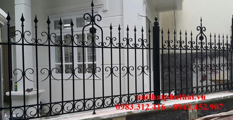 Hàng rào sắt mỹ thuật PT10